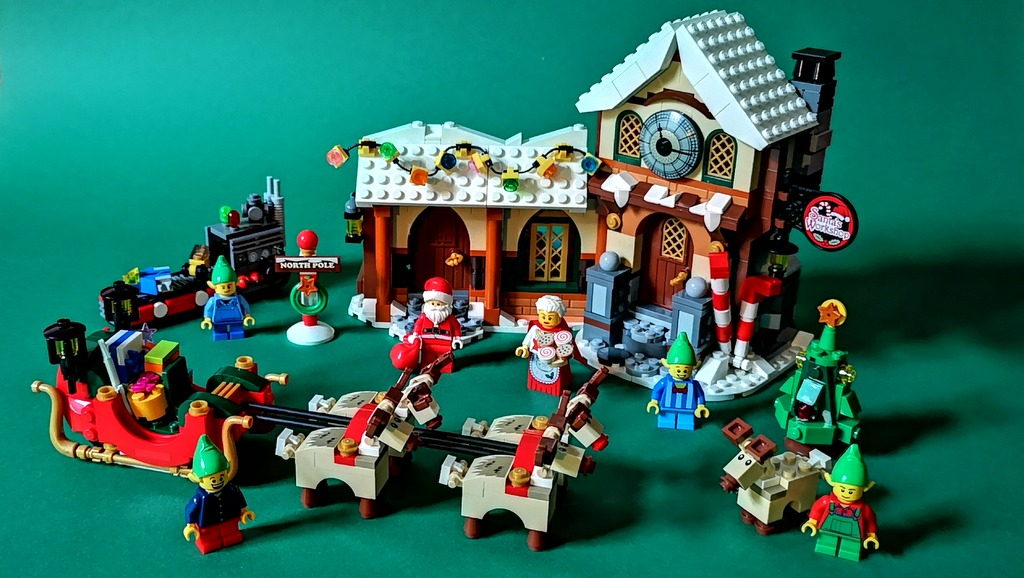 10245-lego-santa-workshop-review