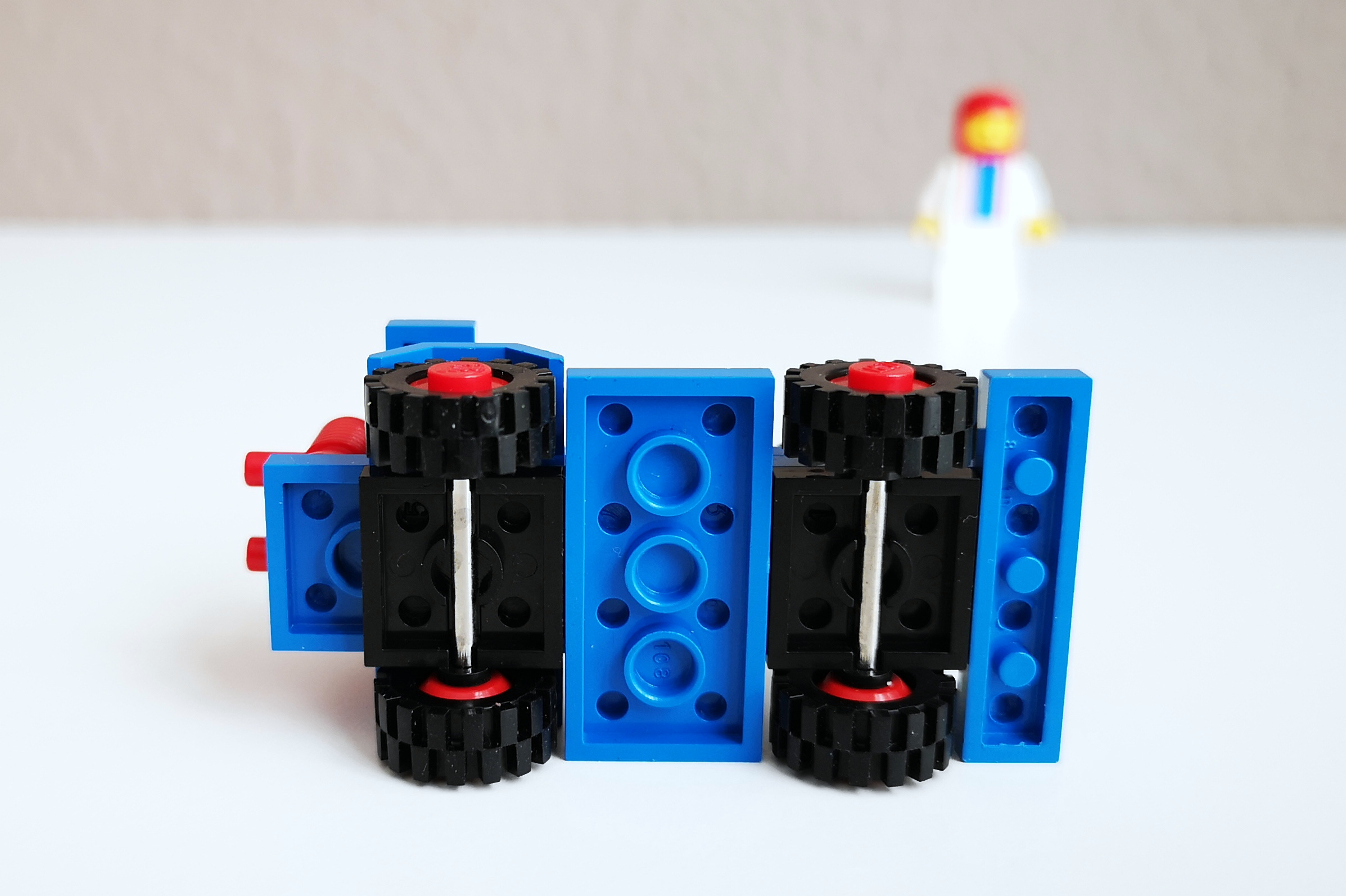 LEGO Set 6605 Auto Großaufnahme von unten