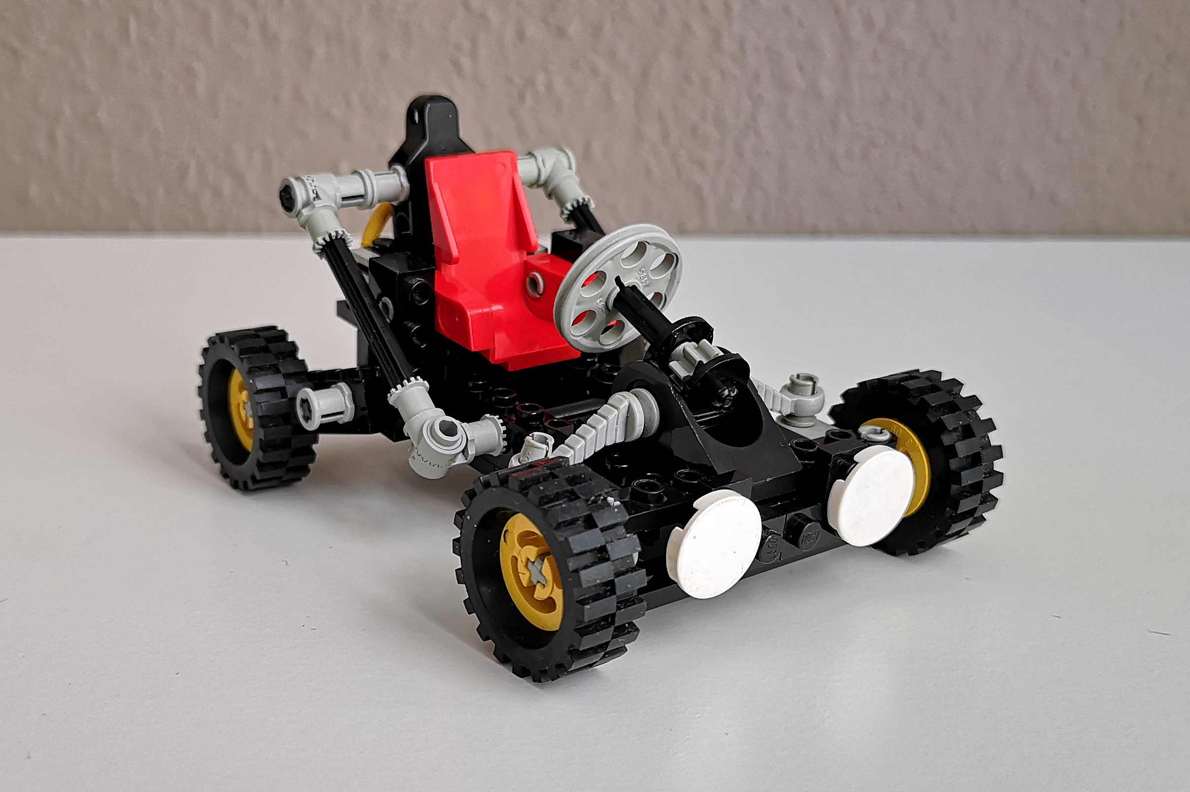 LEGO Set 8832 Modell A Front