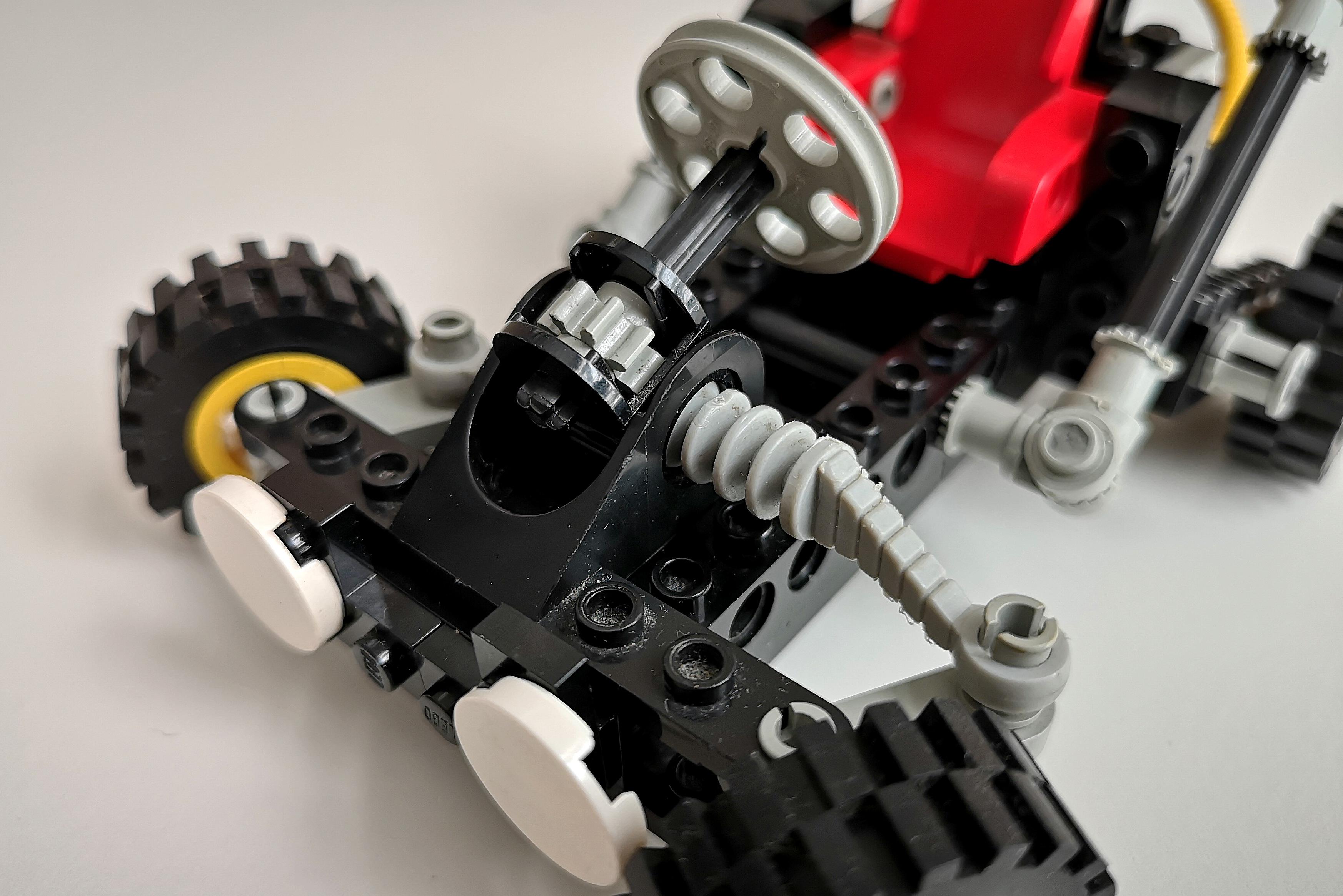 LEGO Set 8832 Modell A Lenkung Detail