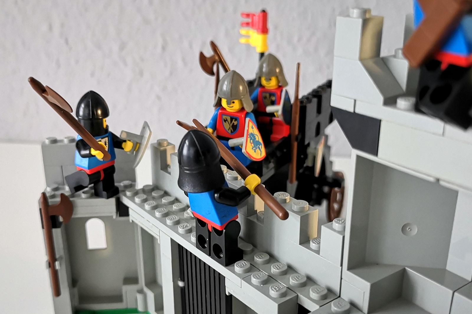 LEGO 6062 Burg Kampf Löwenritter gegen Falkenritter