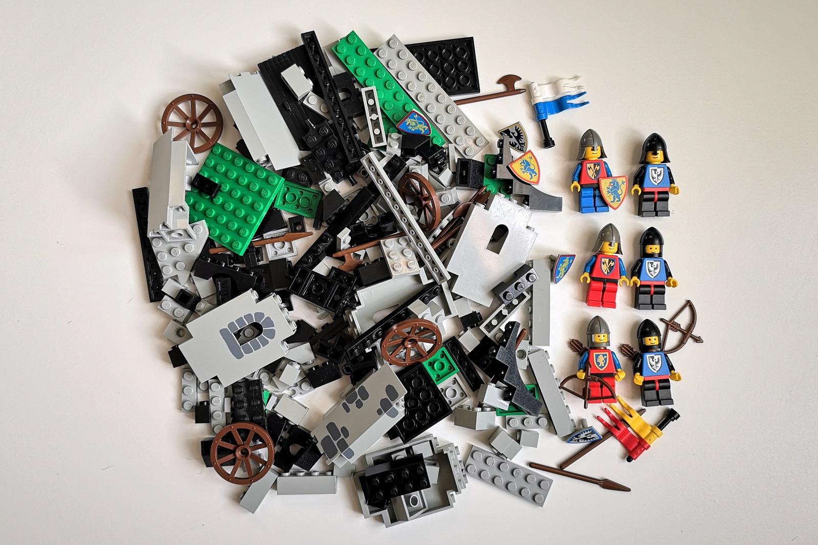 LEGO 6062 alle Teile auf einen Blick