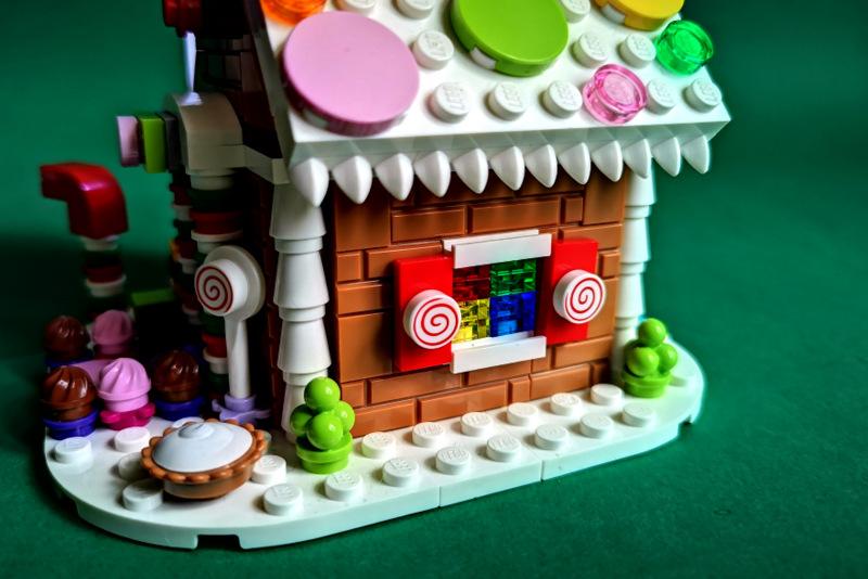 40139 LEGO Review Foto Seite mit tollen Details