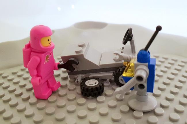 70841 LEGO Minifigur rosa