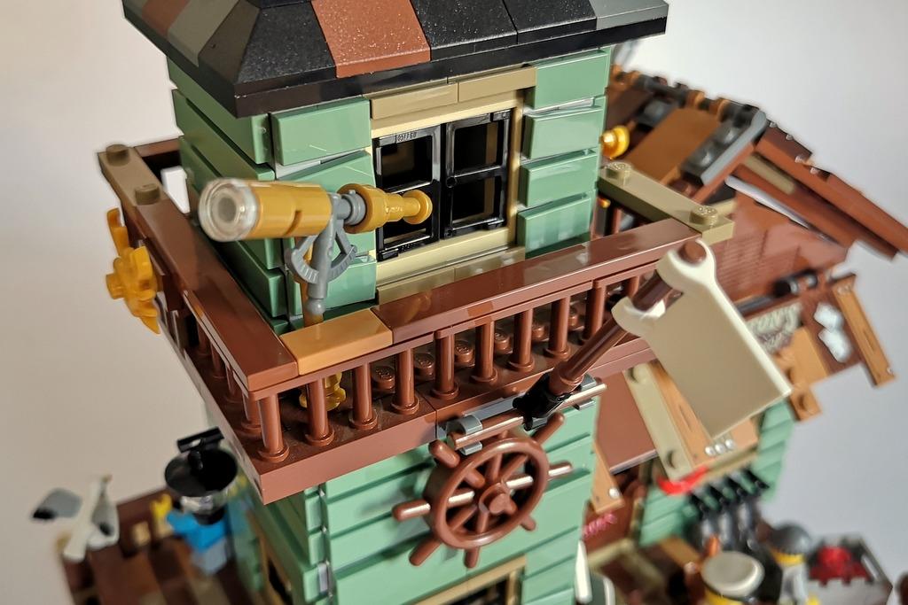 21310_lego_angelladen_turm_details