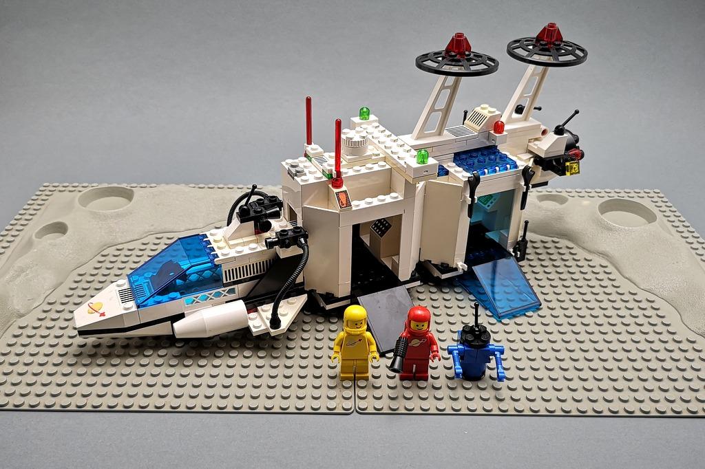 6783-lego-classic-spaceship