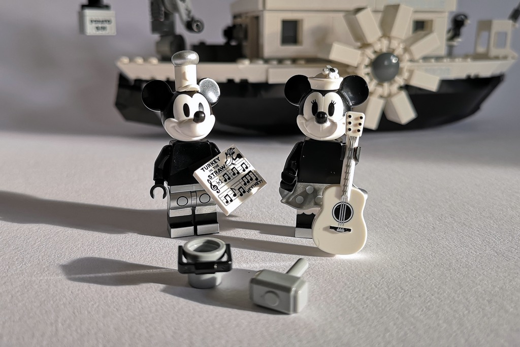 LEGO 21317 Figuren Mickey Mouse Minnie Mouse