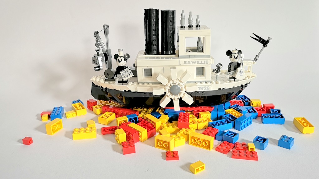 Das hier ist eine LEGO-Review zu LEGO-Set 21317 Steamboat Willie auf dem deutschen LEGO-Blog Steckkastenkrew.de