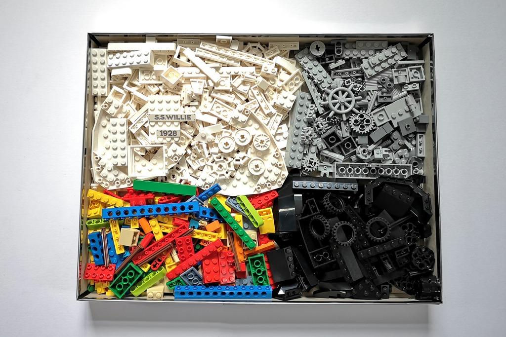 LEGO 21317 alle Steine auf einen Blick Aufbau