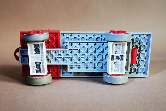 LEGO 331 Kipper von unten