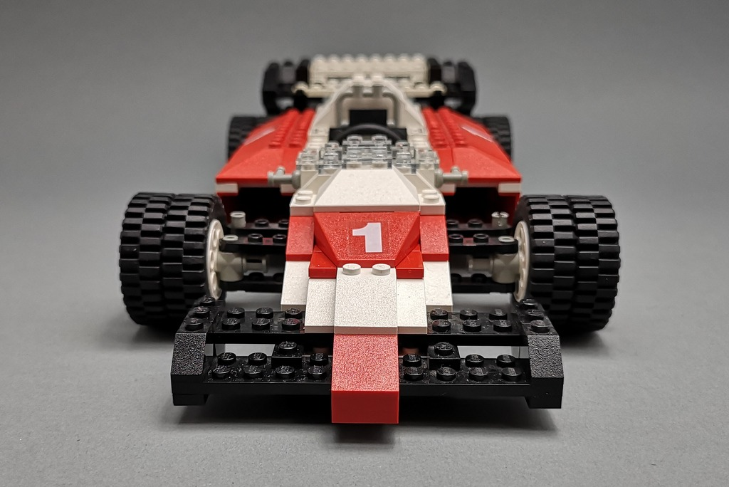 LEGO 5540 Model Team Racer Front