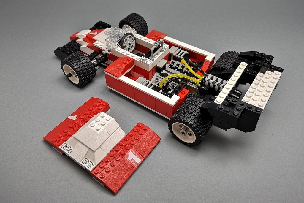 LEGO 5540 Model Team Racer Motorraum