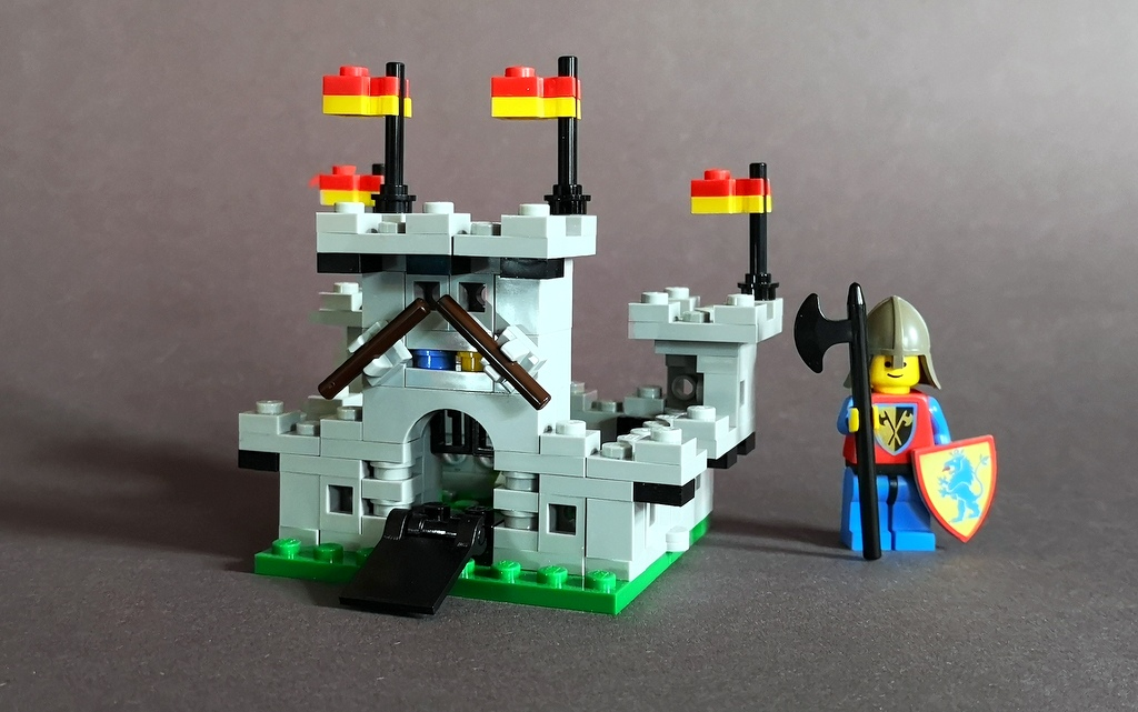 LEGO 6080 Miniburg MOC Bauanleitung kostenlos Download