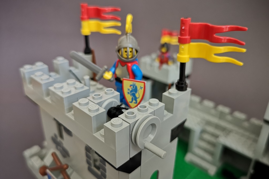 LEGO 6080 Zugbrücke