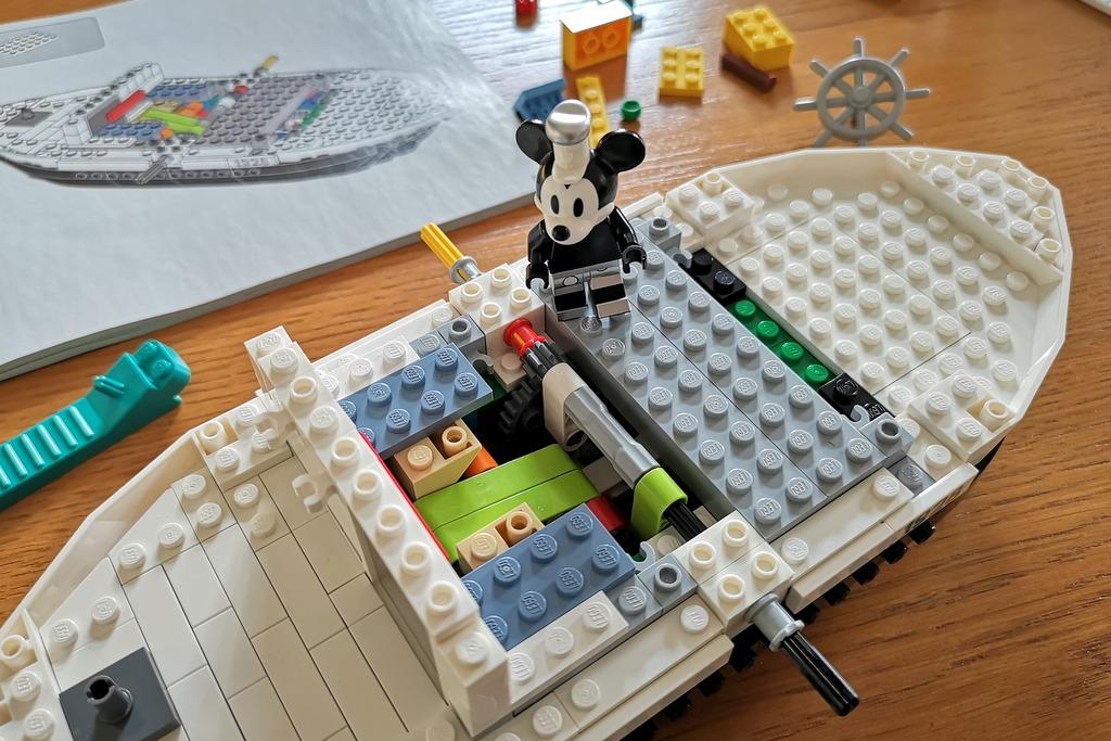 Lego 21317 Minifigur Mickey Mouse