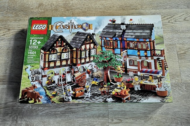 lego-10193-box-front