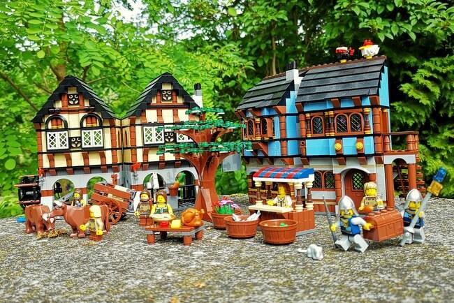lego-10193-mittelalterlicher-markt