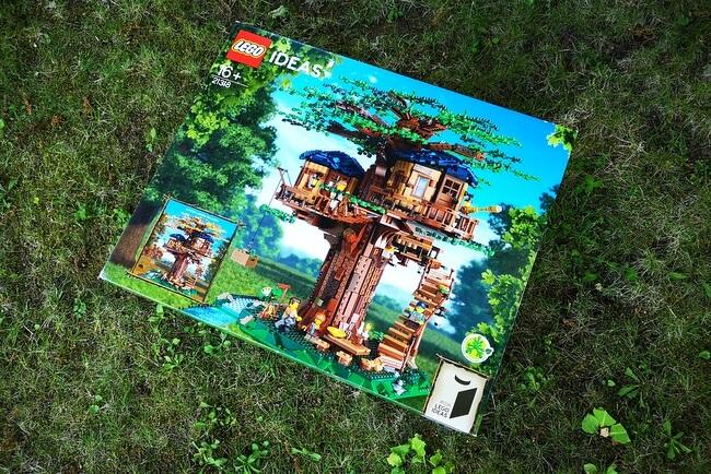 lego-21318-karton