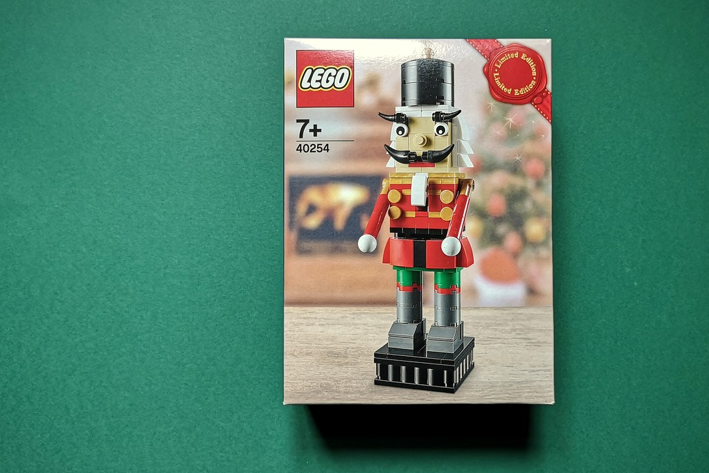lego-40254-box-front