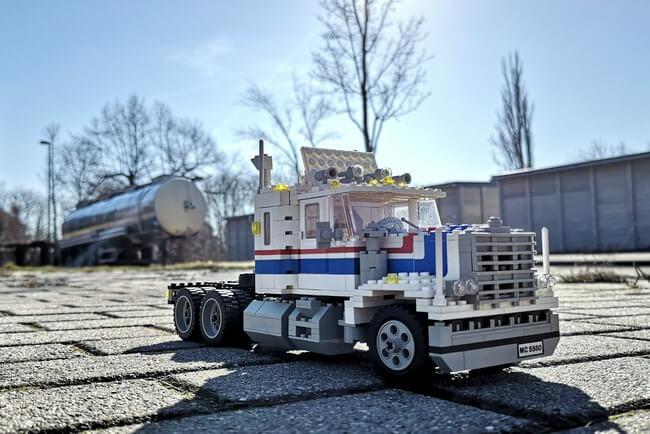 lego-5580-trailer