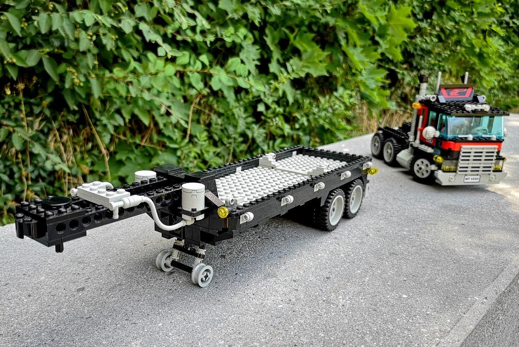 lego-5590-trailer