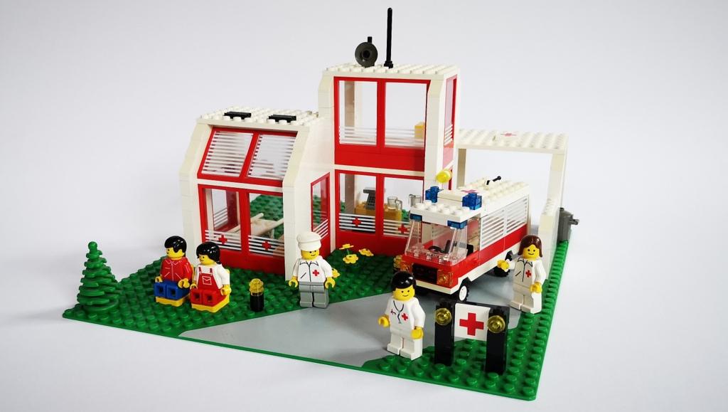 lego-6380-krankenhaus-review