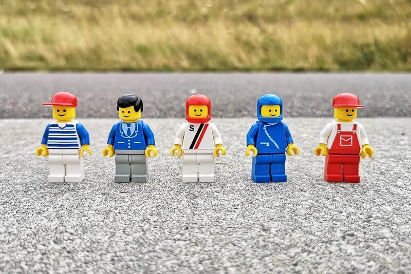 lego-6381-minifiguren