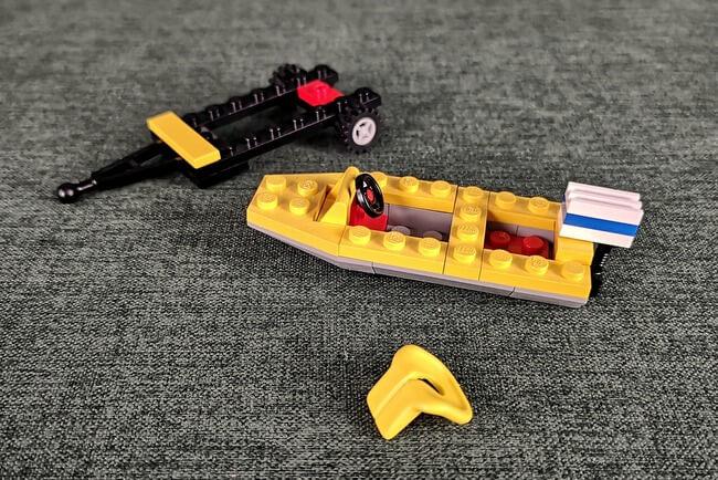 lego-6552-trailer-und-boot