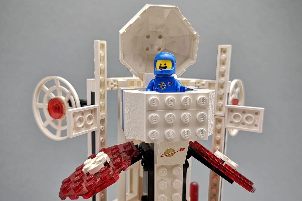lego-6972-benny