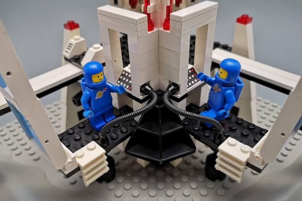 lego-6972-weltraum-spielen