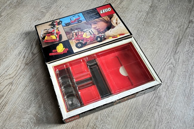 lego-375-box-styropor