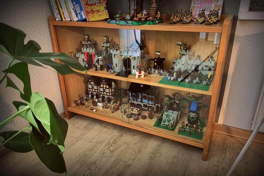 lego-burg-vitrine
