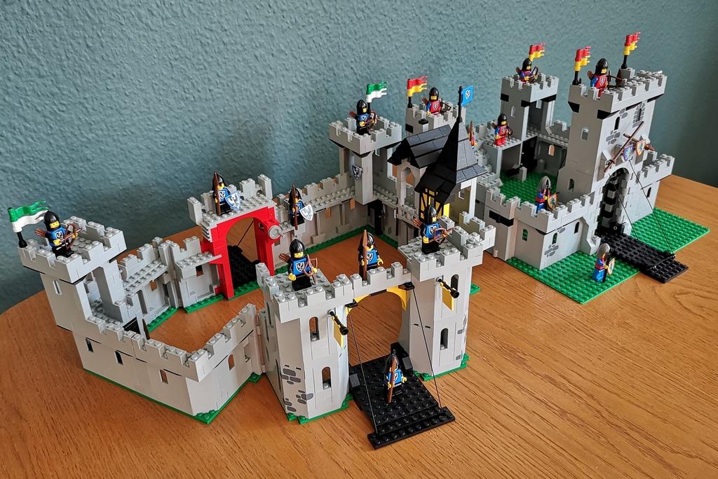 lego-burgen-zusammengesteckt