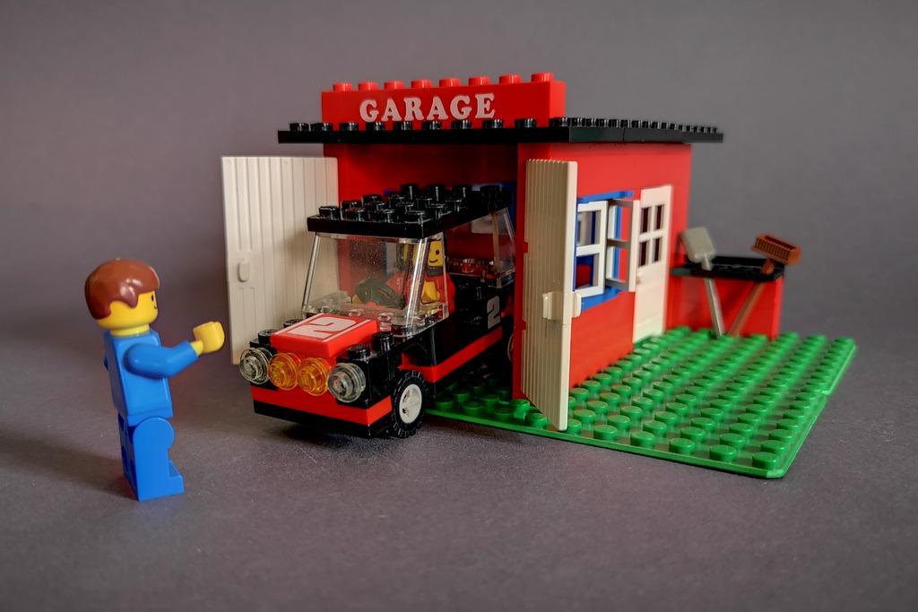 lego-garage-mit-auto