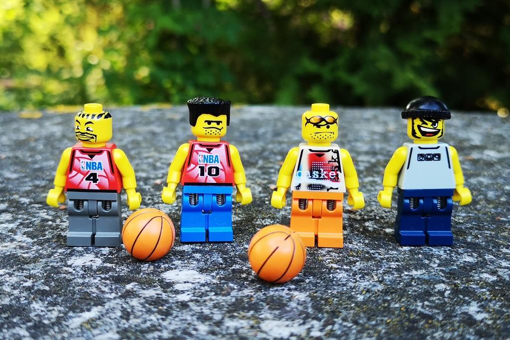 lego-minifiguren-basketball
