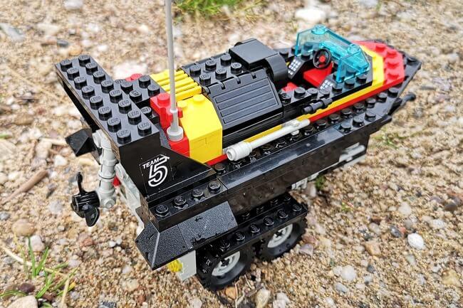 lego-rennboot-seitenansicht