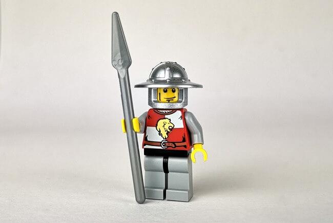 lego-ritter-soldat