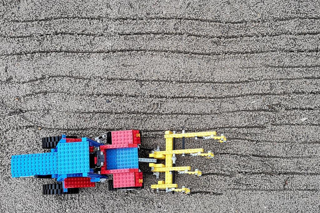 lego-technic-8859-im-sandkasten