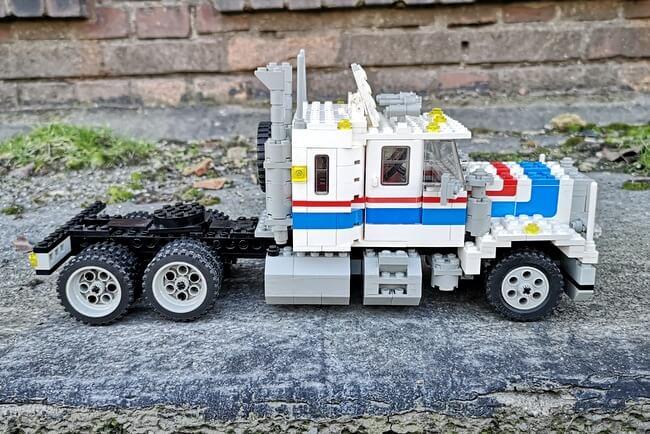 lego-truck-5580-seitenansicht