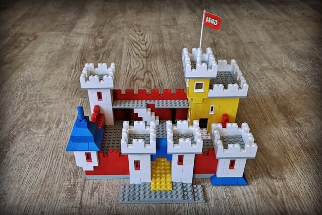lego-weetabix-castle-1970