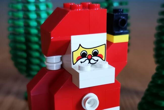 lego-weihnachtsmann-gesicht